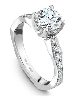 18k white gold vintage solitaire with 38 round diamonds and a TCW of 0.60ct