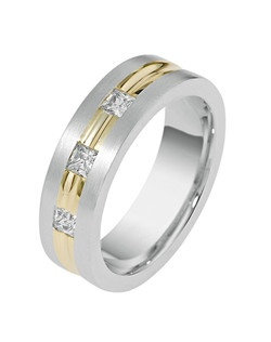 Based on 14K. The fit is CF, in size 7.00, and the width is 7 mm. The total diamond weight is 0.480, consisting of: Qty 3 - SI, G/H - 0.160ct. Princess diamonds. Multi-Color Ring. Available in Silver, 10K, 14K and 18K Gold, 18K & Platinum, Titanium,  Silver & Titanium, 10K, 14K or 18K & Titanium, Palladium & Titanium, 14K & Palladium. Gold price is based on 1215 gold.