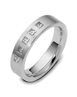Based on 14K. The fit isFCF, in size10.00, and the width is5.5 mm. The total diamond weight is 0.500, consisting of: Qty 5 - SI, G/H - 0.100ct. Princess diamonds. Multi-Color Ring. Available in Silver, 10K, 14K and 18K Gold, Platinum, Titanium and Palladium. Gold price is based on 1215 gold. Price includes setting.