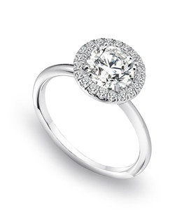 Gem Platinum platinum engagement ring featuring a halo with 20 diamonds.