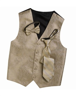 Subtly sophisticated, this bisque beige five-button  has a stylized paisley print for a modern touch. An adjustable back strap allows for a custom fit.