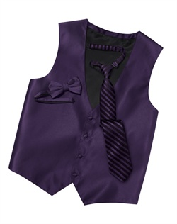 Featuring a subtle texture and an updated silhouette, this amethyst four-button   brings an extra dose of style to your formalwear. An adjustable back strap allows for optimum comfort.