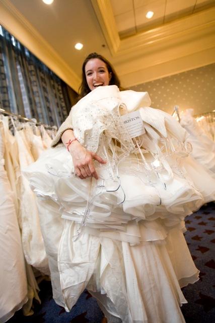 Wedding gown shops seattle wa for Wedding dresses seattle washington
