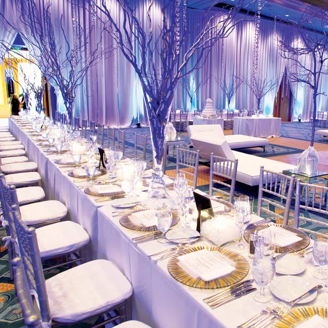 Modern Wedding Reception Gallery Decoration Ideas