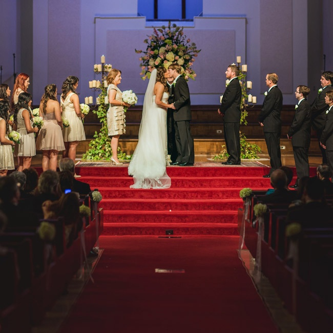 wedding cakes jackson ms area the ceremony took place at a large church with a dramatic 24815