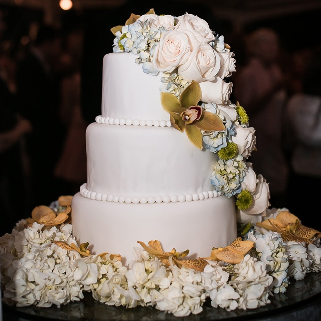 wedding cake with flowers down the side 301 moved permanently 26881